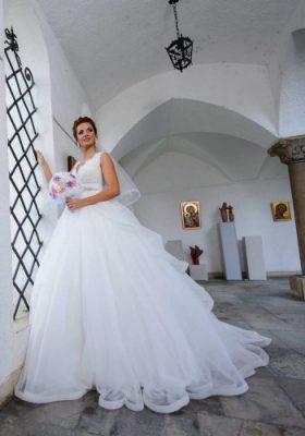 mirese-best-bride-1479211713850-350x500