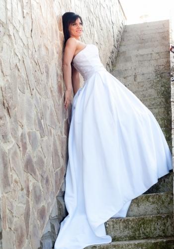 rochie-de-mireasa-1385648134970-350x500