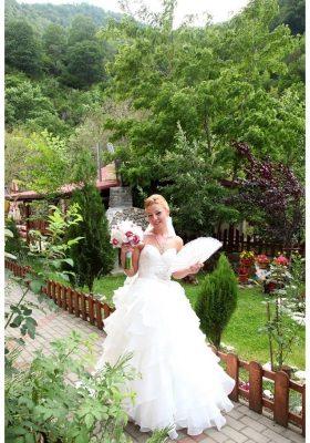 rochie-de-mireasa-1385742945180-999x1427