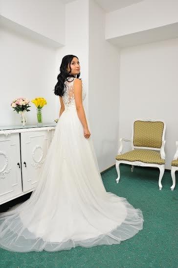 rochie-mireasa-cu-bretele-1447945859050-999x1427
