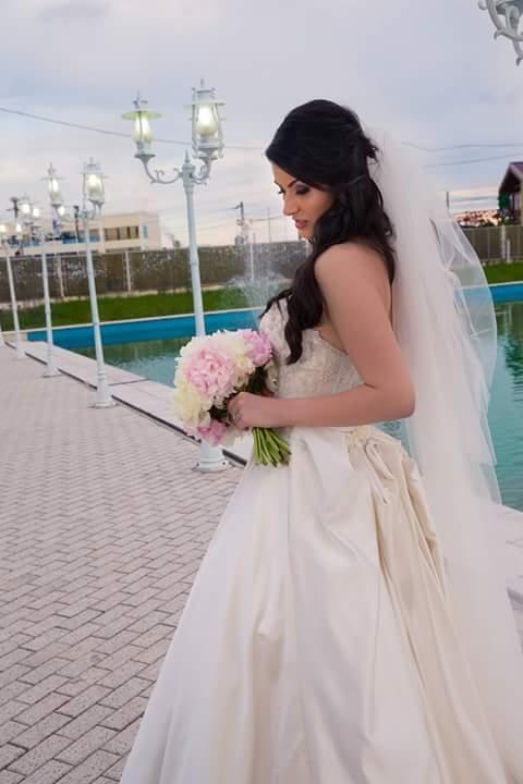 rochie-mireasa-satin-1455728852870-999x1427