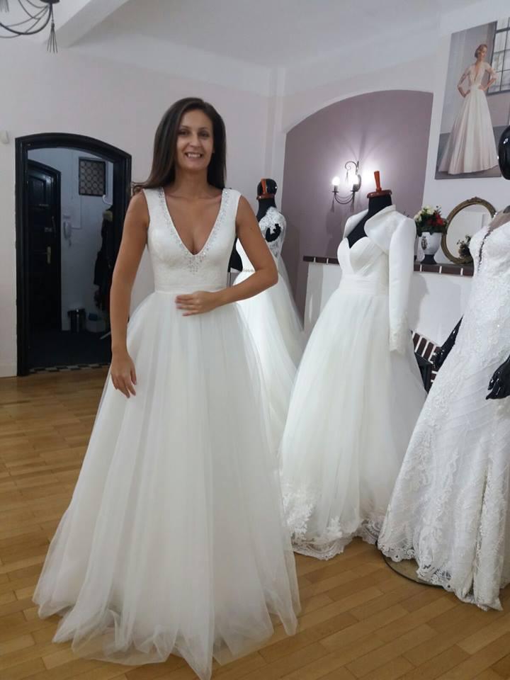 rochie mireasa cu swarovski