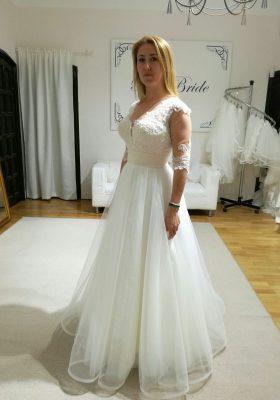 rochie de mireasa cu maneci