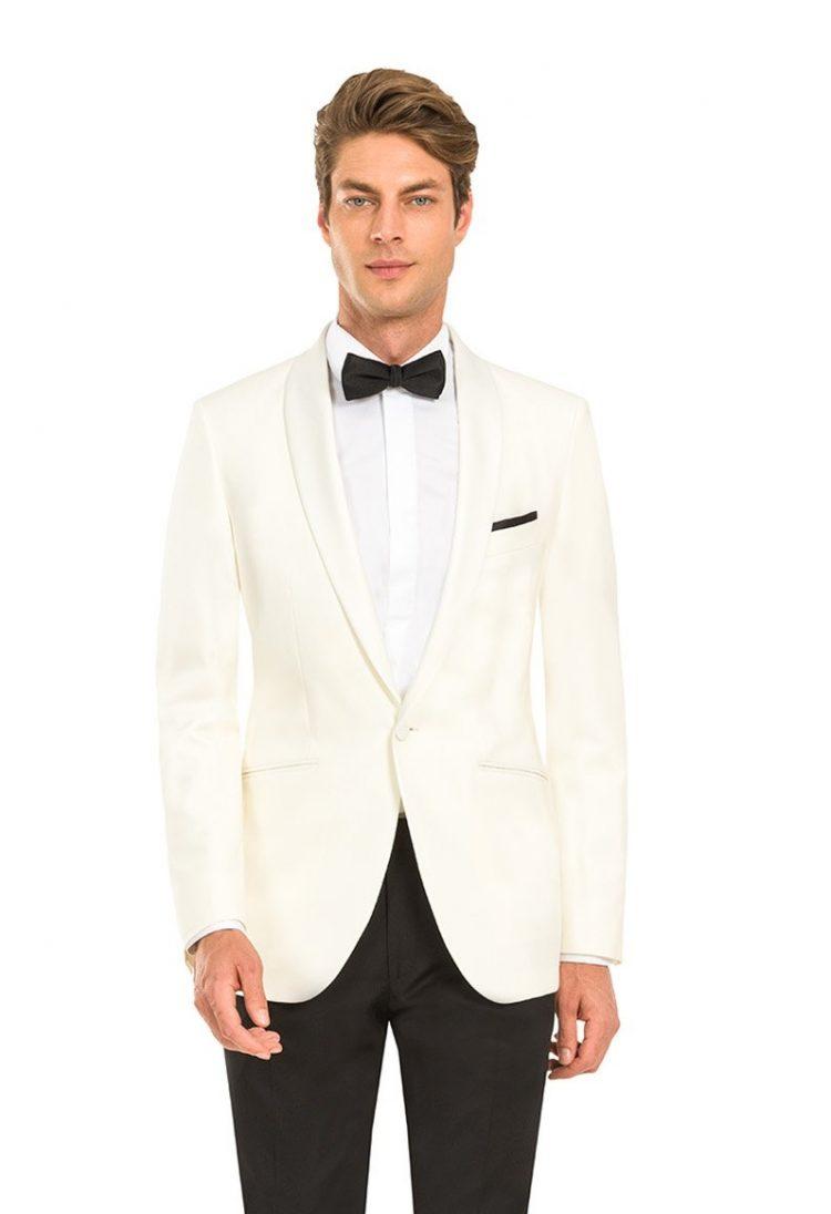 costum ceremonie alb