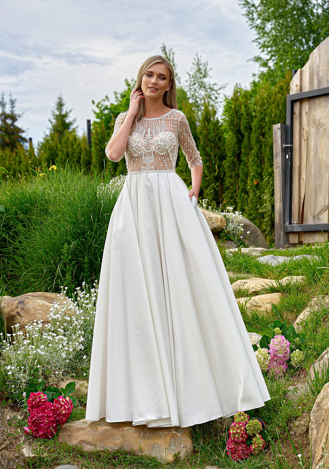 Rochie de mireasa A-line la moda